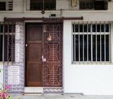 BIG window room, heart of tiong bahru. Room code: tbr900