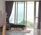 Modern sea view air-coned room in a beautiful condo by MRT