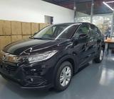 Black Honda Vezel (Petrol) For Rent!