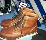 WTS BN skechers boots red wings moc toe classic look alike
