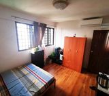 VERY AFFORDABLE COMMON ROOM AVAILABLE IN BLOCK 229 LORONG 8 TOA PAYOH SINGAPORE 310229!!!!!!!!!!!