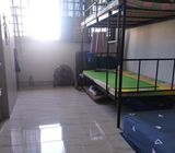 Ubi share common room for male $290 (No owner)